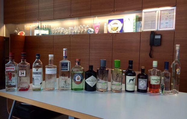 gin-verkostung-salzburg-tonic-flaschen