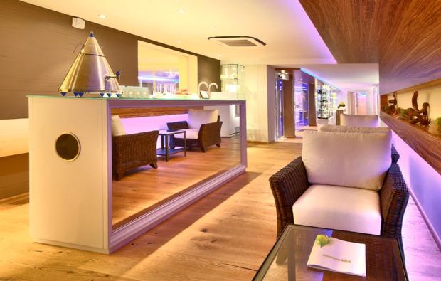 schlemmen-traeumen-baiersbronn-schwarzenberg-lounge