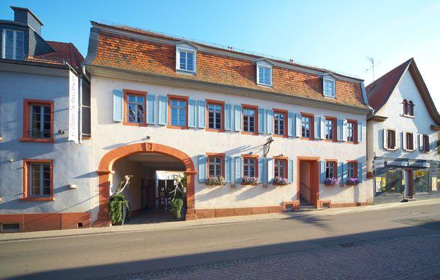 hotel-uebernachutng-osthofen