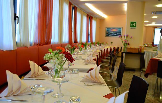 kurzurlaub-lignano-sabbiadoro-dinner