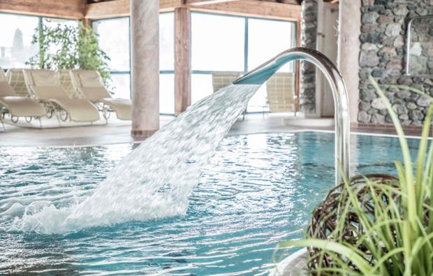 kuschelwochenende-kirchberg-pool-wellness