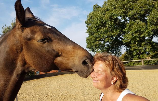 pferde-abenteuer-markersdorf-frau