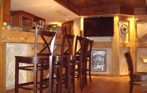 kuschelwochenende-loewenstein-hoesslinsuelz-bar