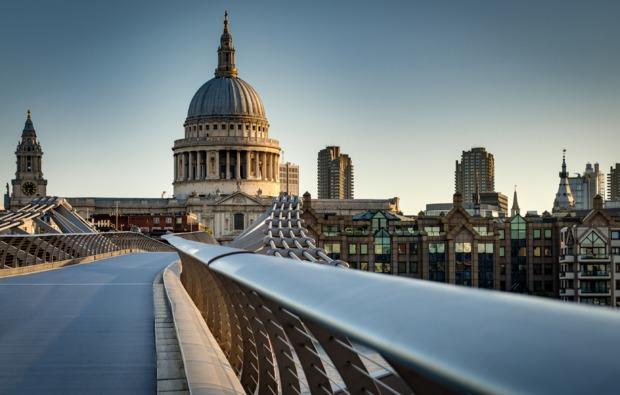 erlebnisreise-london-drehortreise-millennium-bridge