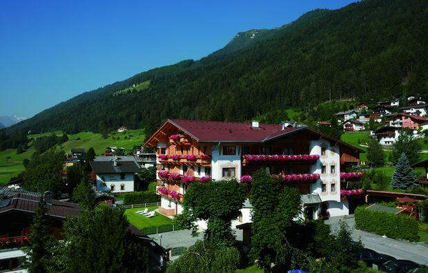 kurzurlaub-fulpmes-hotel