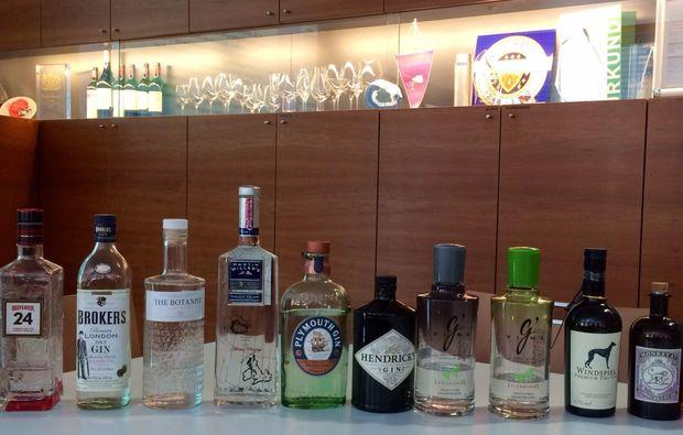 gin-verkostung-linz-flaschen