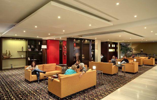 staedtereise-prag-lobby