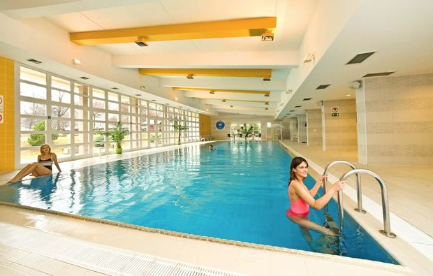 staedtereise-prag-pool