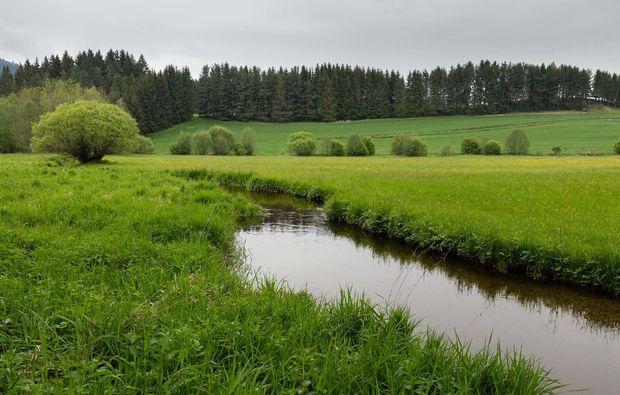 romantikwochenende-bad-grosspertholz-fluss