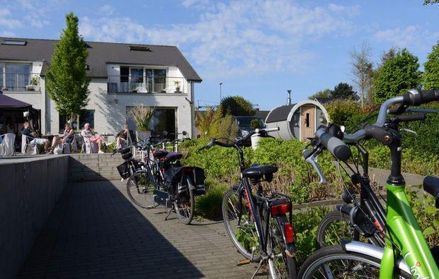 aussergewoehnlich-uebernachten-paal-fahrrad