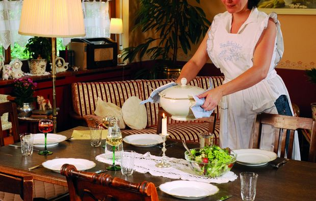 romantikwochenende-hauenstein-dinner1479376710