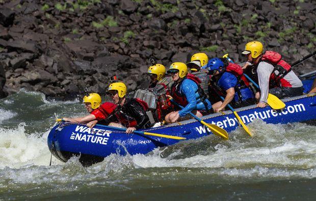 rafting-livingstone-paddeln