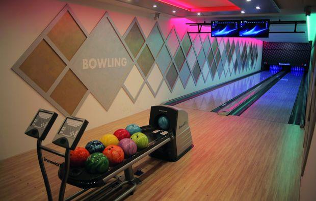 kurzurlaub-kemarok-bowling
