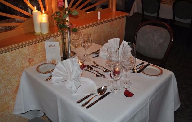 candle-light-dinner-fuer-zwei-zirndorf-abendessen