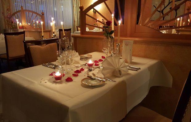 candle-light-dinner-fuer-zwei-zirndorf-essen