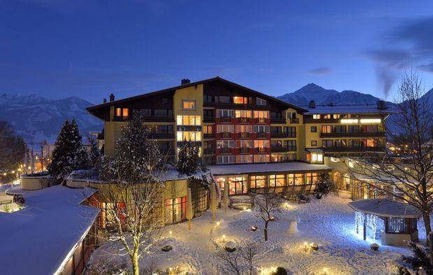 wellnesshotels-zell-am-see-nacht-winter