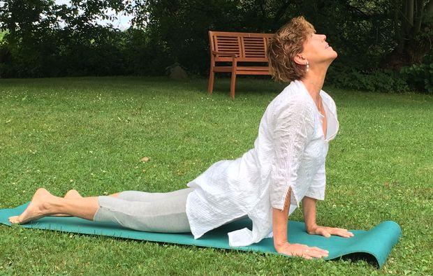 suedtirol-aktivurlaub-jenesien-yoga