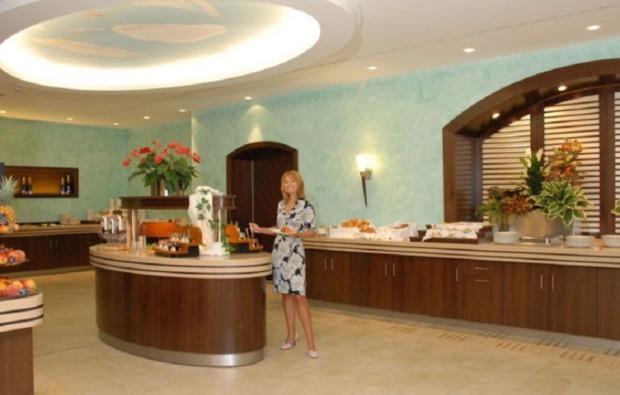 bundesliga-wochenende-muenchen-nuernberg-buffet