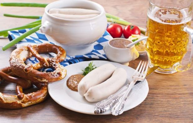 bundesliga-wochenende-muenchen-nuernberg-weisswurst