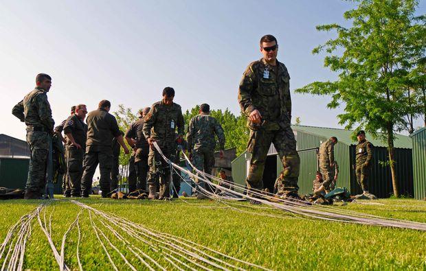 fallschirmsprung-verpflegung-kurs-siofok