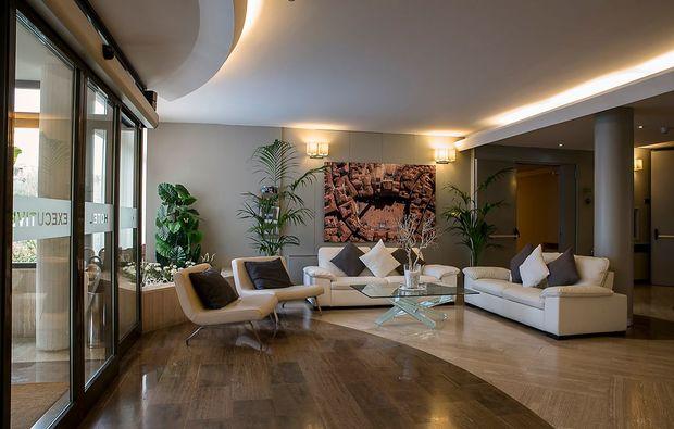 staedtereise-siena-lounge