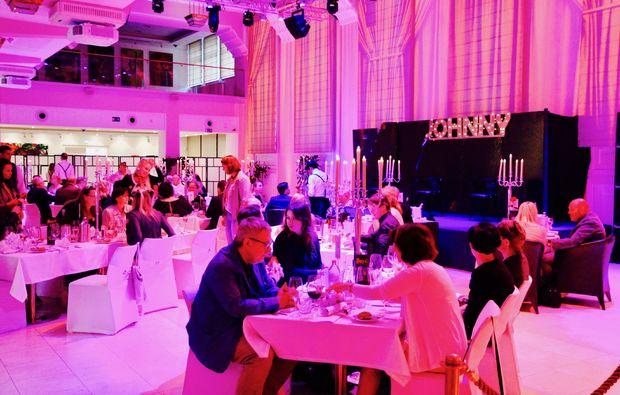 moerder-dinner-reisenberg-atmosphaere