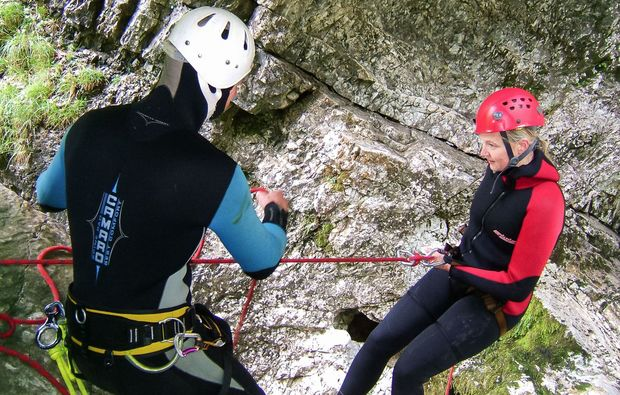 canyoning-tour-lofer-abseilen