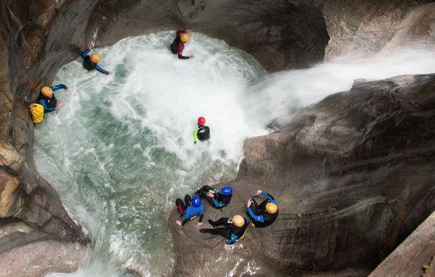 canyoning-tour-lofer-springen