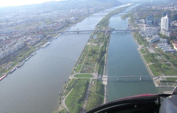 hubschrauber-rundflug-bad-voeslau-bg3