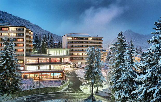 wellness-wochenende-davos-hotel
