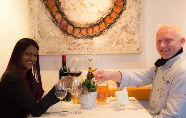 gourmetrestaurants-fuer-zwei-oberriet-am-tisch