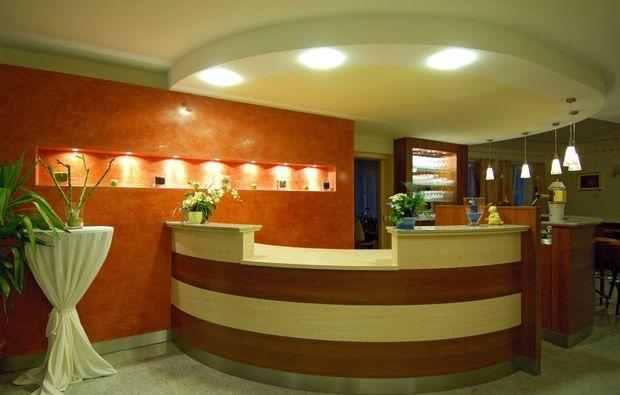 landhotels-fuer-zwei-empfang