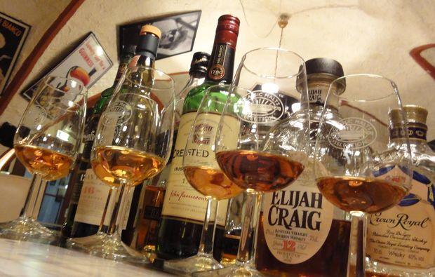 whisky-verkostung-hall-in-tirol-glas