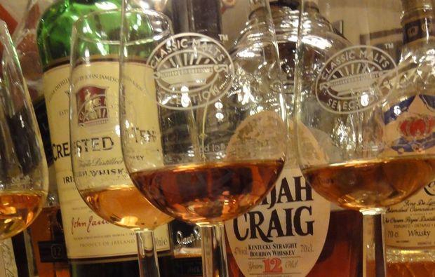 whisky-verkostung-hall-in-tirol-tasting