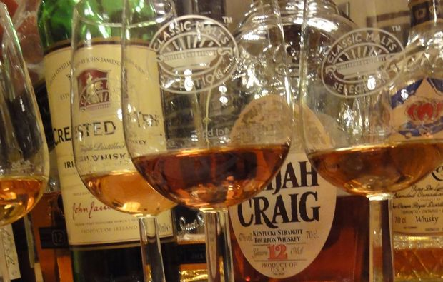 whisky-verkostung-hall-in-tirol-verkosten