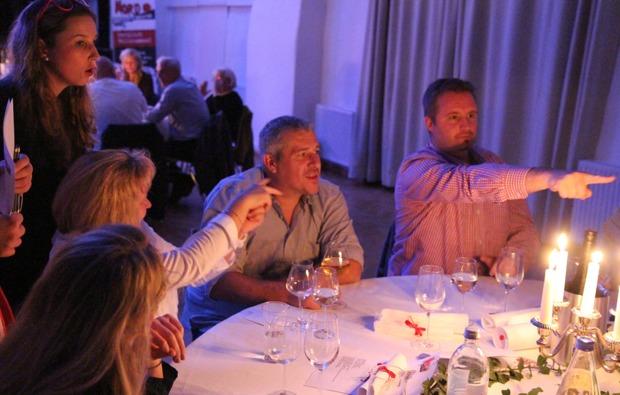 moerder-dinner-schoenbuehel-aggsbach-bg1