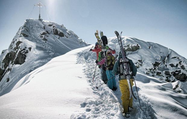 skifahren-st-gallenkirch-aufstieg
