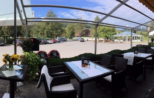 familienurlaub-stubenberg-terrasse