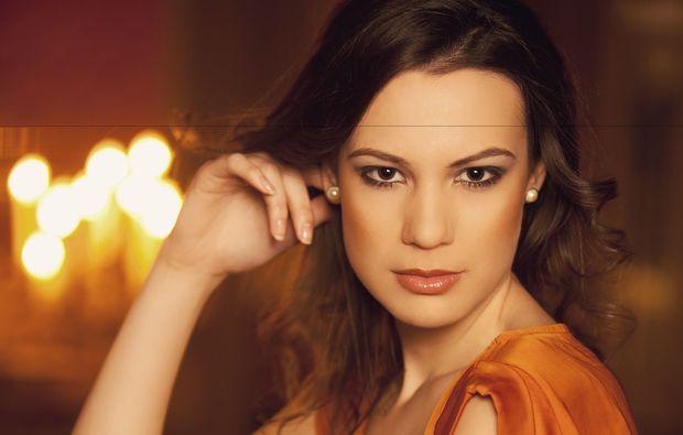 make-up-beratung-fuer-frauen