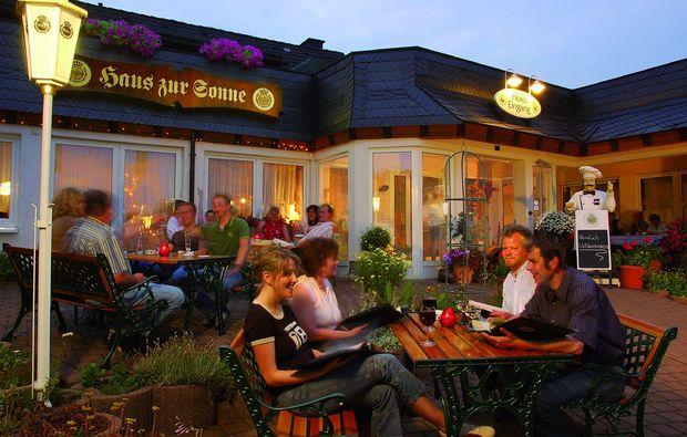 kurzurlaub-hallenberg-hesborn-dinner