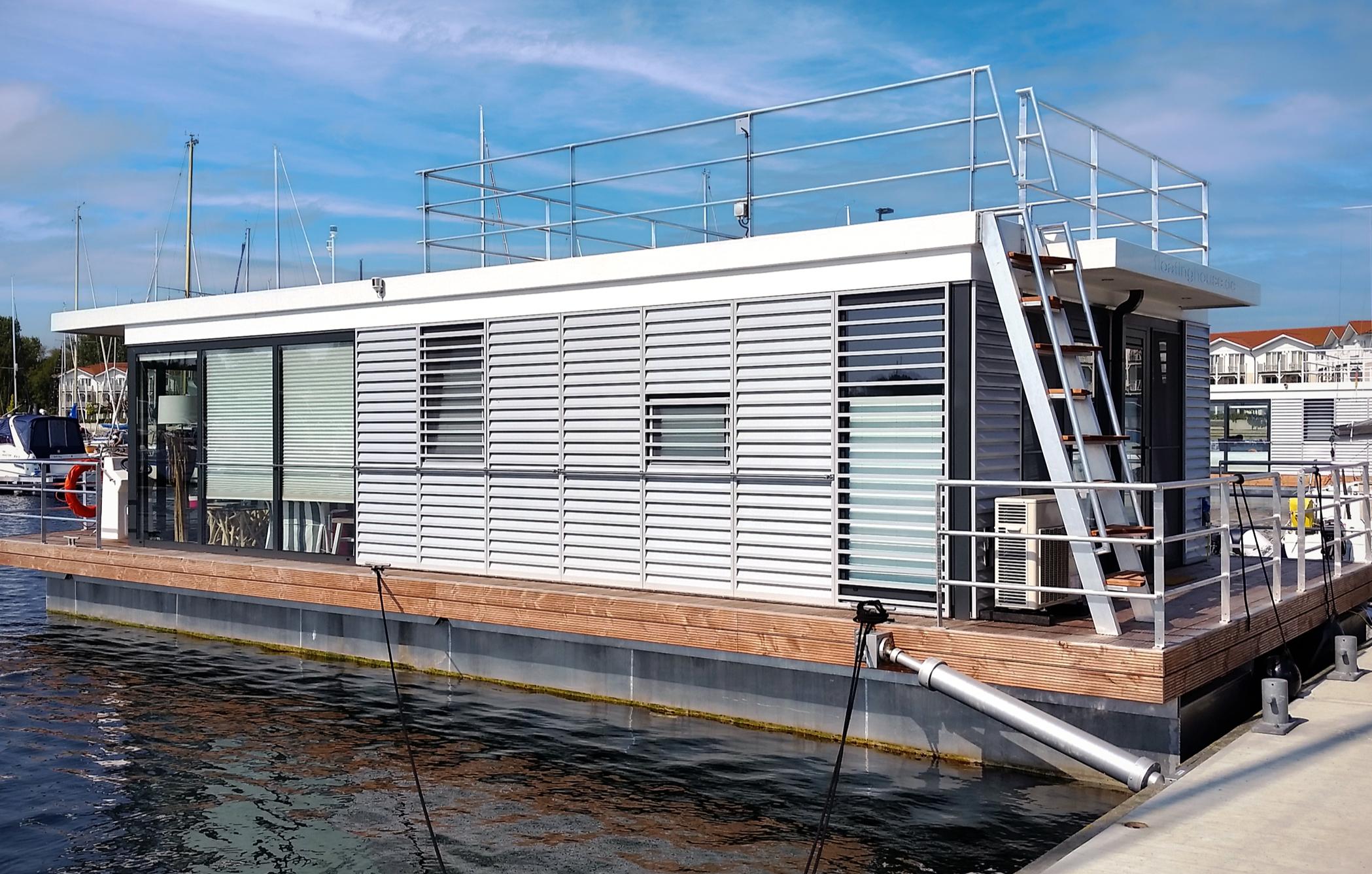 hausboot-uebernachtung-ostseebad-boltenhagen-bg1