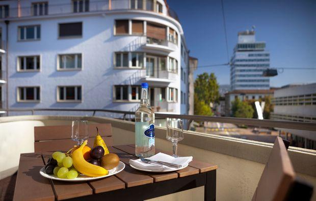 kurzurlaub-zuerich-balkon