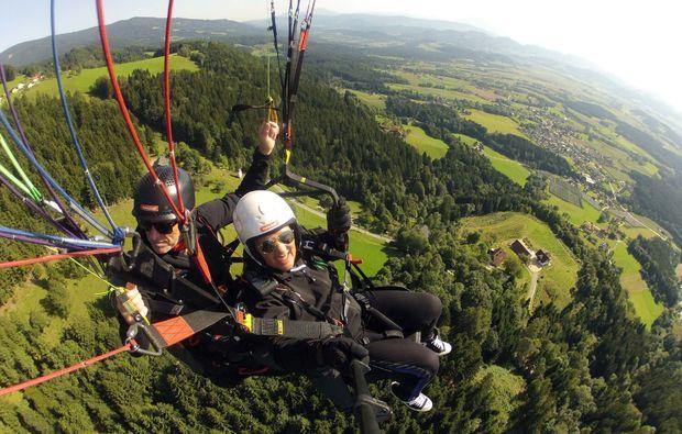gleitschirm-tandemflug-sankt-peter-am-ottersbach-fun