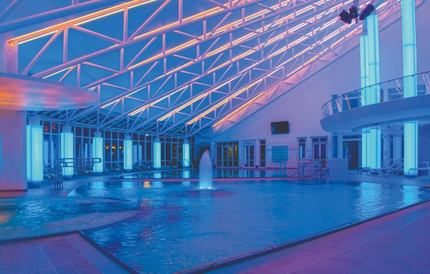 therme-neualbenreuth-pool