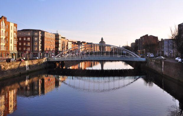 erlebnisreise-drehorte-irland-dublin-bridge