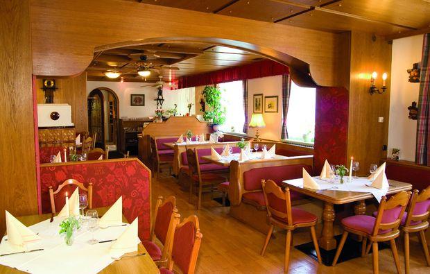 kurzurlaub-strass-im-attergau-restaurant
