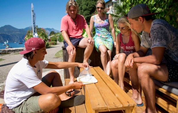 aktivurlaub-kitesurfurlaub-brenzone-besprechung