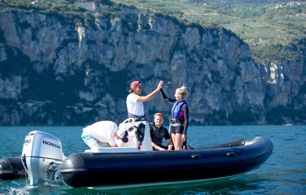 aktivurlaub-kitesurfurlaub-brenzone-spass