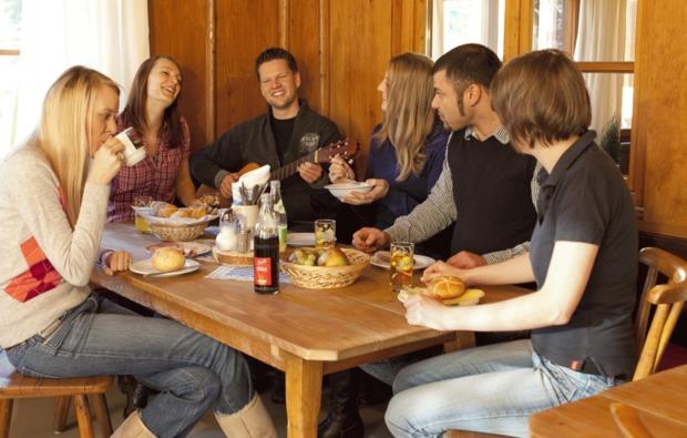 almhuette-oberstdorf-fruehstueck