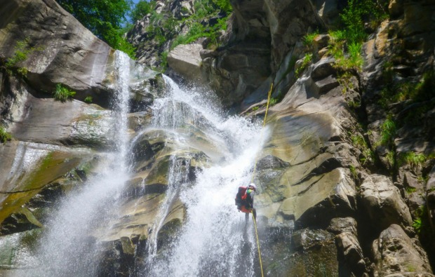 canyoning-tour-arco-action